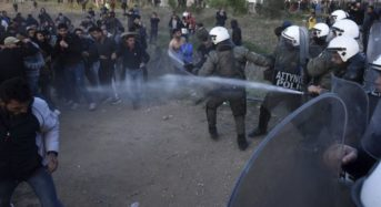 Clashes break out in Greece with migrants demanding open border over fake news