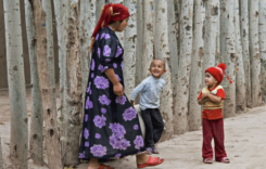 Study finds Xinjiang schools separating Uighurs children from families
